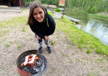 #151 Small barbecue in the rain